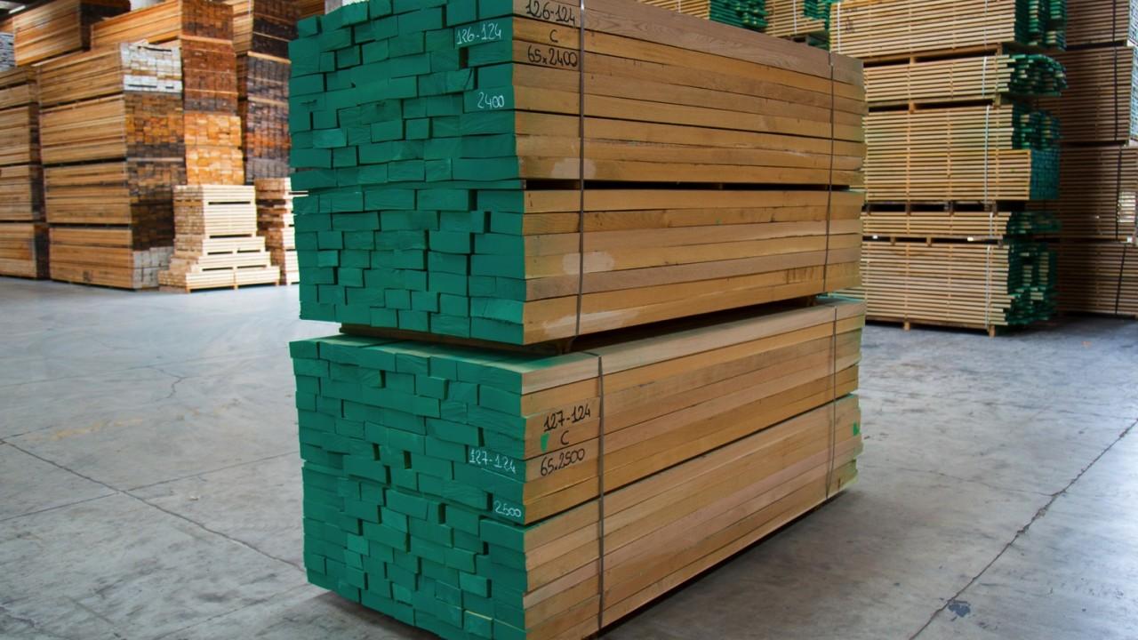 legnami-vendita-legno-legname-larice-siberiano-ingrosso-da-costruzione-prezzi-stagionatura-commercio-rovere-europeo-tavole-prezzo-prefinito-legna-abete-faggio-frassino-tiglio-dal-lago-spa-Dal Lago-13