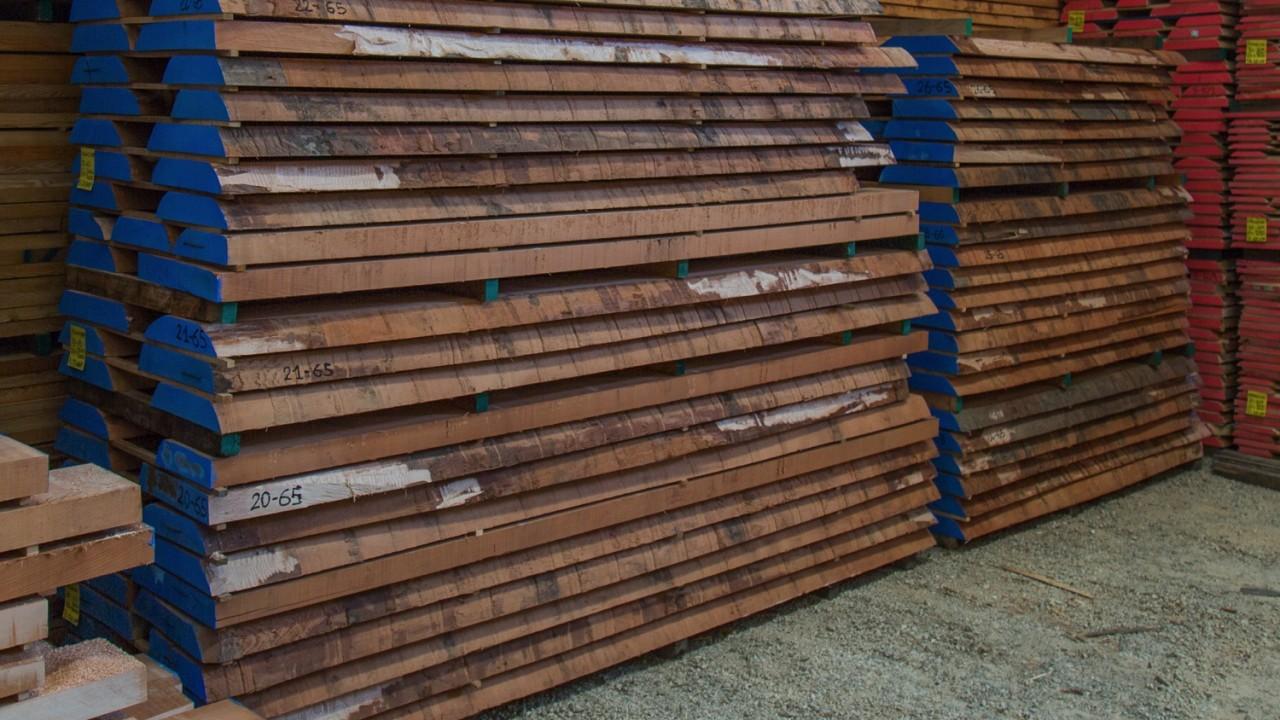 legnami-vendita-legno-legname-larice-siberiano-ingrosso-da-costruzione-prezzi-stagionatura-commercio-rovere-europeo-tavole-prezzo-prefinito-legna-abete-faggio-frassino-tiglio-dal-lago-spa-Dal Lago-2
