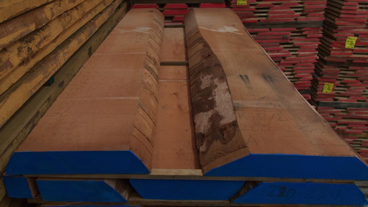 legnami-vendita-legno-legname-larice-siberiano-ingrosso-da-costruzione-prezzi-stagionatura-commercio-rovere-europeo-tavole-prezzo-prefinito-legna-abete-faggio-frassino-tiglio-dal-lago-spa-Dal Lago-3
