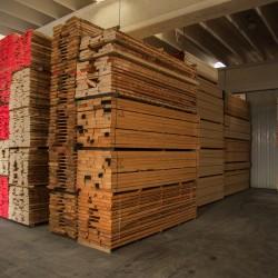 legnami-vendita-legno-legname-larice-siberiano-ingrosso-da-costruzione-prezzi-stagionatura-commercio-rovere-europeo-tavole-prezzo-prefinito-legna-abete-faggio-frassino-tiglio-dal-lago-spa-Dal Lago-30