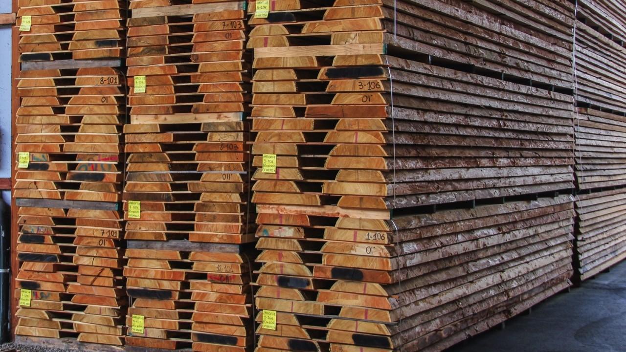 legnami-vendita-legno-legname-larice-siberiano-ingrosso-da-costruzione-prezzi-stagionatura-commercio-rovere-europeo-tavole-prezzo-prefinito-legna-abete-faggio-frassino-tiglio-dal-lago-spa-dal lago10