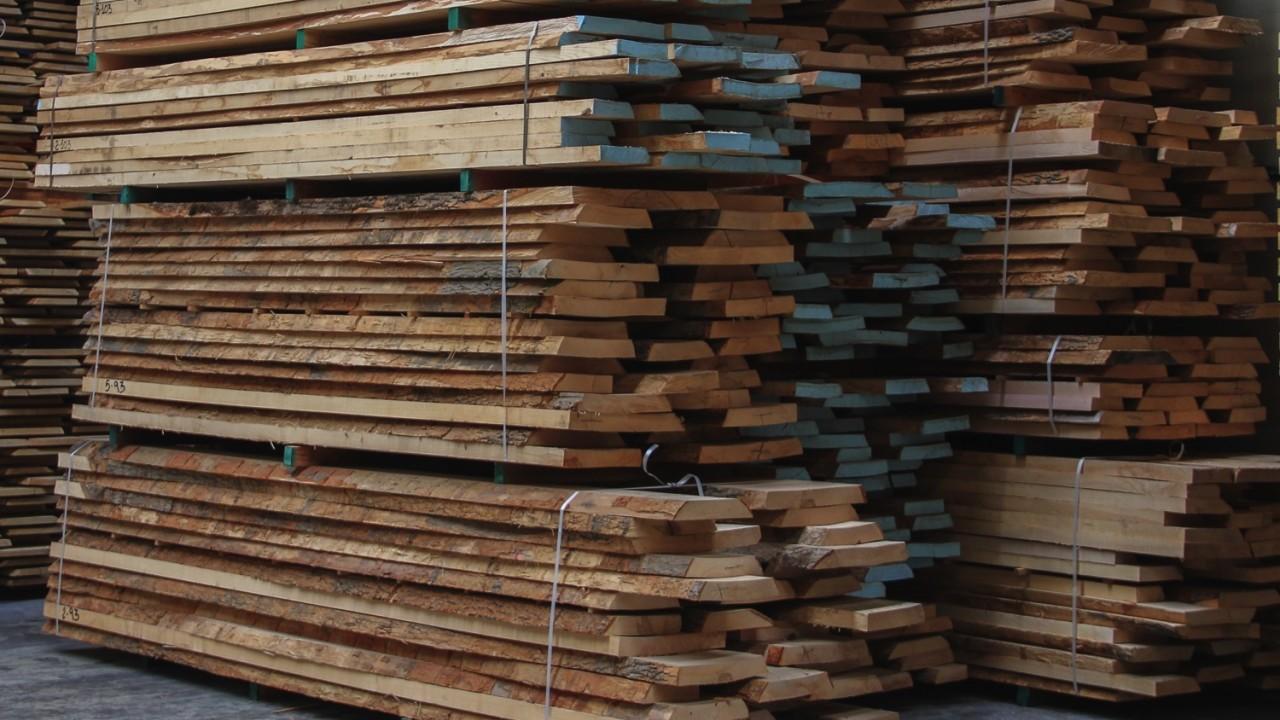 legnami-vendita-legno-legname-larice-siberiano-ingrosso-da-costruzione-prezzi-stagionatura-commercio-rovere-europeo-tavole-prezzo-prefinito-legna-abete-faggio-frassino-tiglio-dal-lago-spa-dal lago18