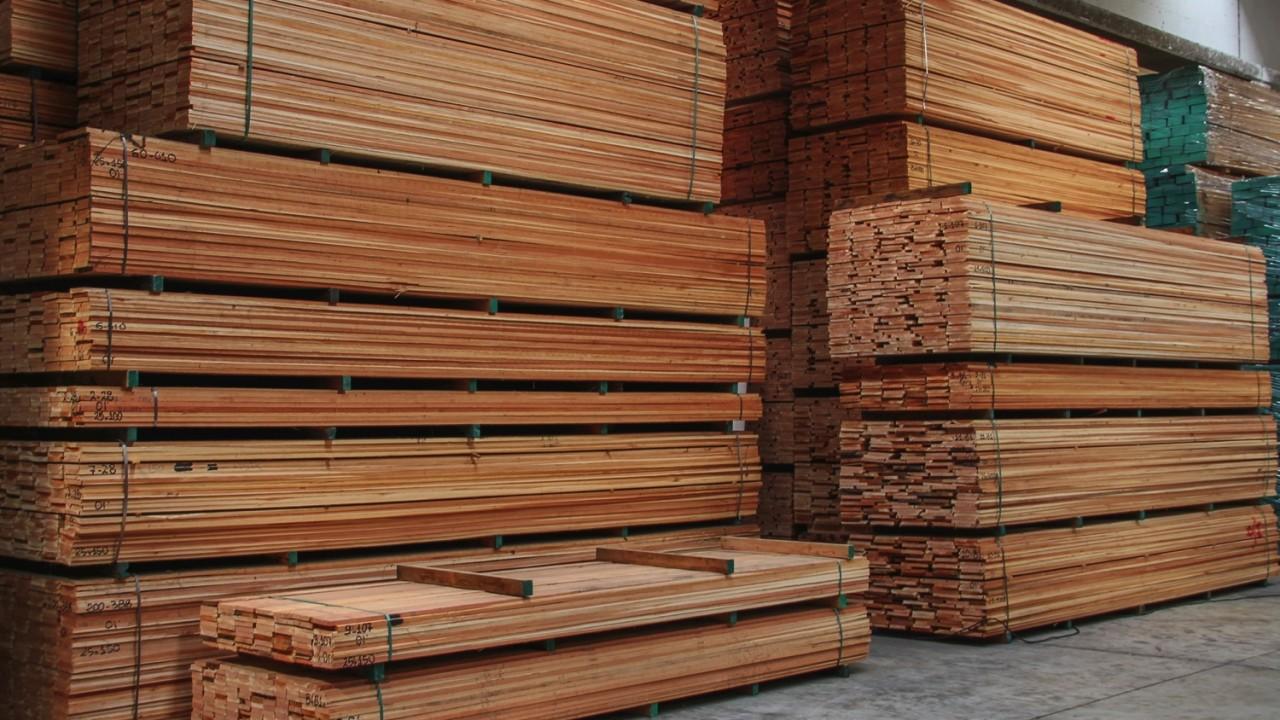 legnami-vendita-legno-legname-larice-siberiano-ingrosso-da-costruzione-prezzi-stagionatura-commercio-rovere-europeo-tavole-prezzo-prefinito-legna-abete-faggio-frassino-tiglio-dal-lago-spa-dal lago28