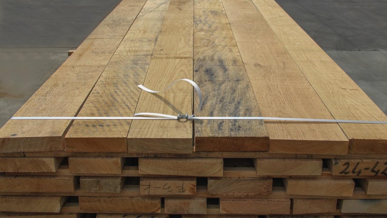 legnami-vendita-legno-legname-larice-siberiano-ingrosso-da-costruzione-prezzi-stagionatura-commercio-rovere-europeo-tavole-prezzo-prefinito-legna-abete-faggio-frassino-tiglio-dal-lago-spa-dal lago5
