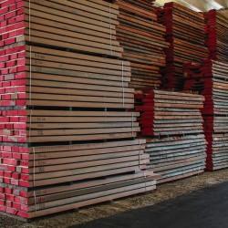legnami-vendita-legno-legname-larice-siberiano-ingrosso-da-costruzione-prezzi-stagionatura-commercio-rovere-europeo-tavole-prezzo-prefinito-legna-abete-faggio-frassino-tiglio-dal-lago-spa-dal lago8