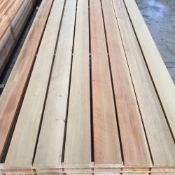 legnami-vendita-legno-legname-larice-siberiano-ingrosso-da-costruzione-prezzi-stagionatura-commercio-rovere-europeo-tavole-prezzo-prefinito-legna-abete-faggio-frassino-tiglio-dal-lago-spa-IMG_0632