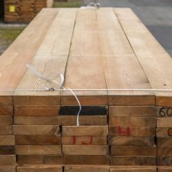 legnami-vendita-legno-legname-larice-siberiano-ingrosso-da-costruzione-prezzi-stagionatura-commercio-rovere-europeo-tavole-prezzo-prefinito-legna-abete-faggio-frassino-tiglio-dal-lago-spa-Larice Sib. Prismati 0-I° KD