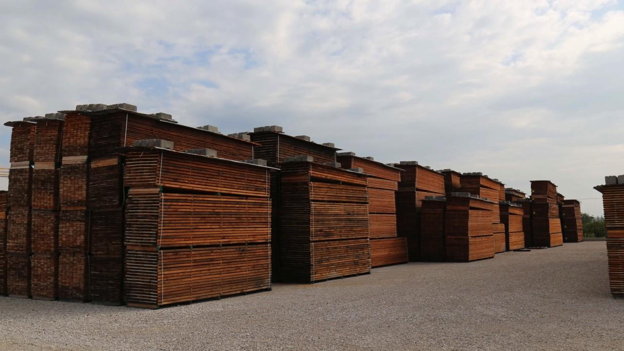 legnami-vendita-legno-legname-larice-siberiano-ingrosso-da-costruzione-prezzi-stagionatura-commercio-rovere-europeo-tavole-prezzo-prefinito-legna-abete-faggio-frassino-tiglio-dal-lago-spa-20