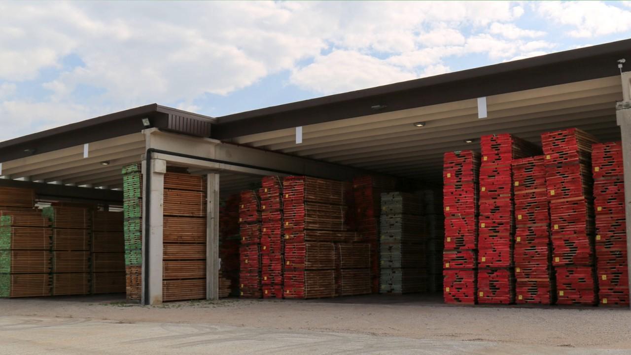 legnami-vendita-legno-legname-larice-siberiano-ingrosso-da-costruzione-prezzi-stagionatura-commercio-rovere-europeo-tavole-prezzo-prefinito-legna-abete-faggio-frassino-tiglio-dal-lago-spa- raddrizzare