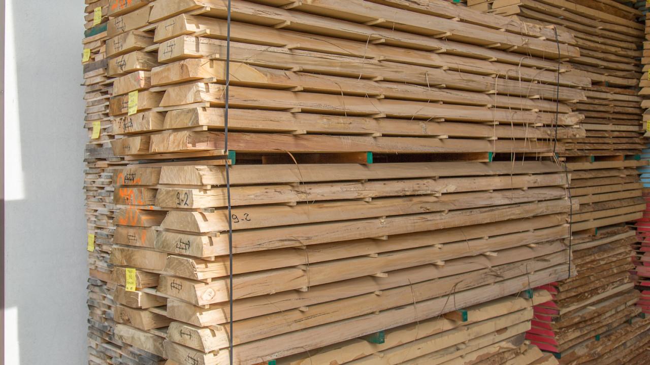 Tiglio dal lago legnami - Tavole di legno per edilizia ...